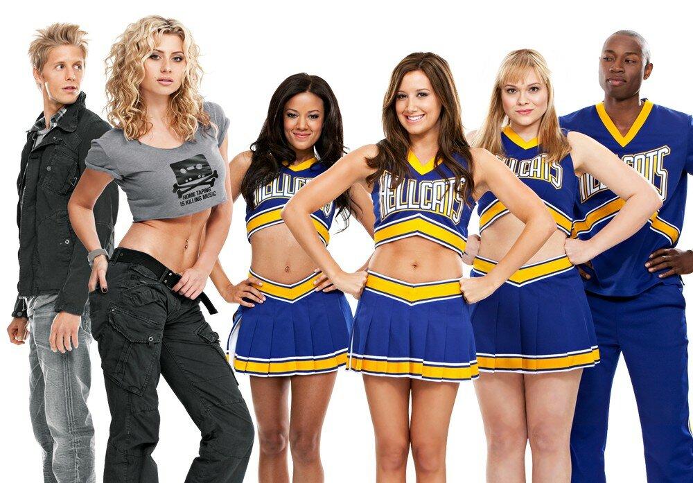 Hellcats-Cast-2010